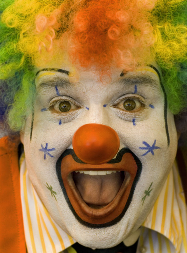 Click image for larger version  Name:2007_08_07clown.jpg Views:68 Size:117.7 KB ID:128018
