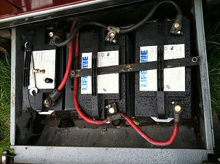 Click image for larger version  Name:battery box.jpg Views:1902 Size:353.9 KB ID:129002