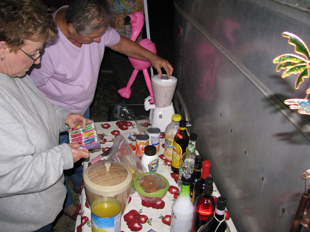 Click image for larger version  Name:Friday Night Smoothies.jpg Views:72 Size:1.22 MB ID:130986