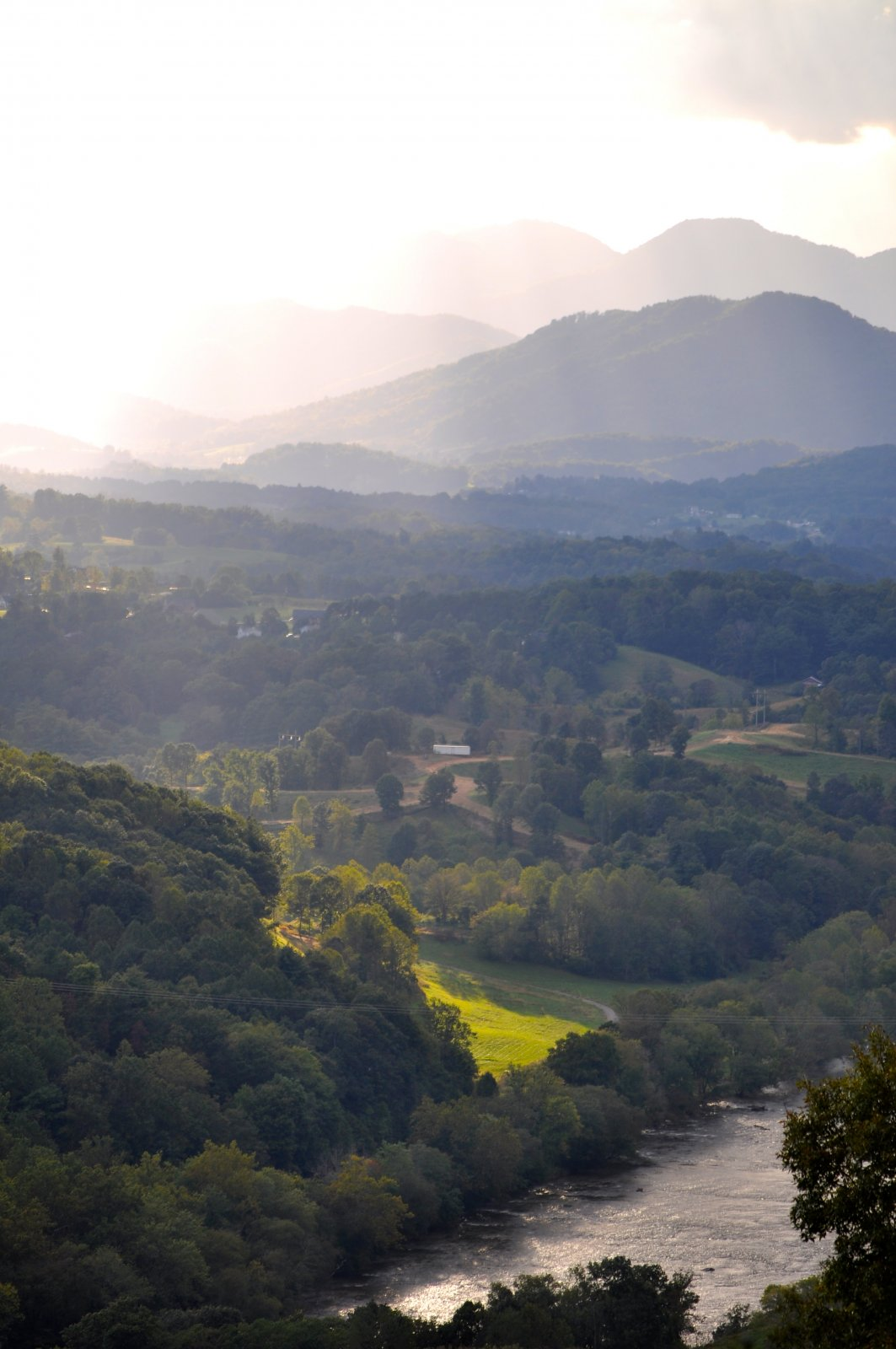 Click image for larger version  Name:Asheville view 4.jpg Views:105 Size:188.3 KB ID:131229