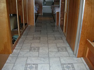 Click image for larger version  Name:Floor.jpg Views:145 Size:307.6 KB ID:131238