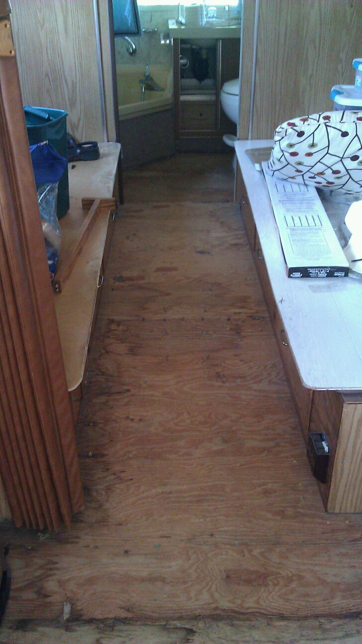 Click image for larger version  Name:twin floor.jpg Views:161 Size:164.5 KB ID:131508