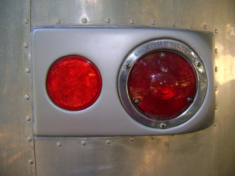 Click image for larger version  Name:Restored taillight.JPG Views:148 Size:75.5 KB ID:132354