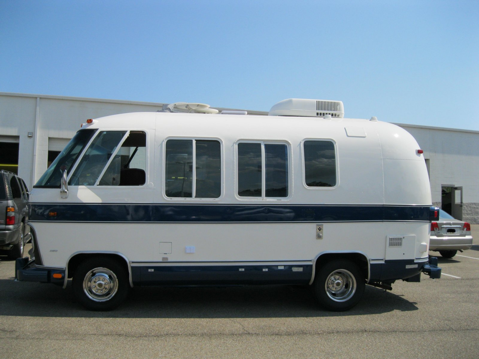 Click image for larger version  Name:'75 Argosy Motorhome 094.jpg Views:234 Size:220.0 KB ID:132622