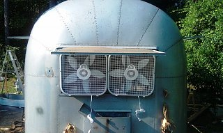 Click image for larger version  Name:AK1 - Hillbilly Air conditioner.jpg Views:118 Size:204.7 KB ID:132794
