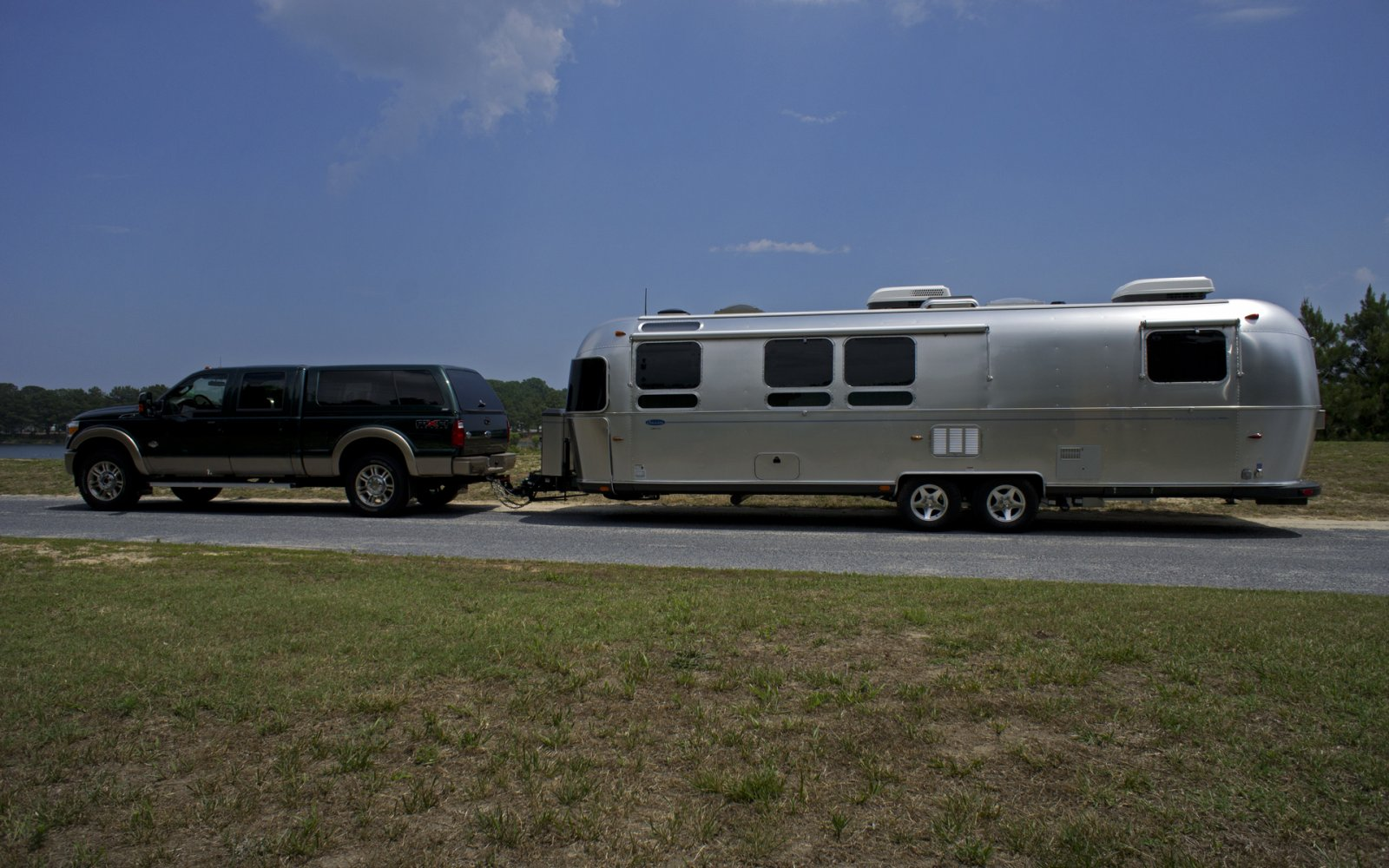 Click image for larger version  Name:11AirstreamClass301stTrip-5.jpg Views:93 Size:247.2 KB ID:132849