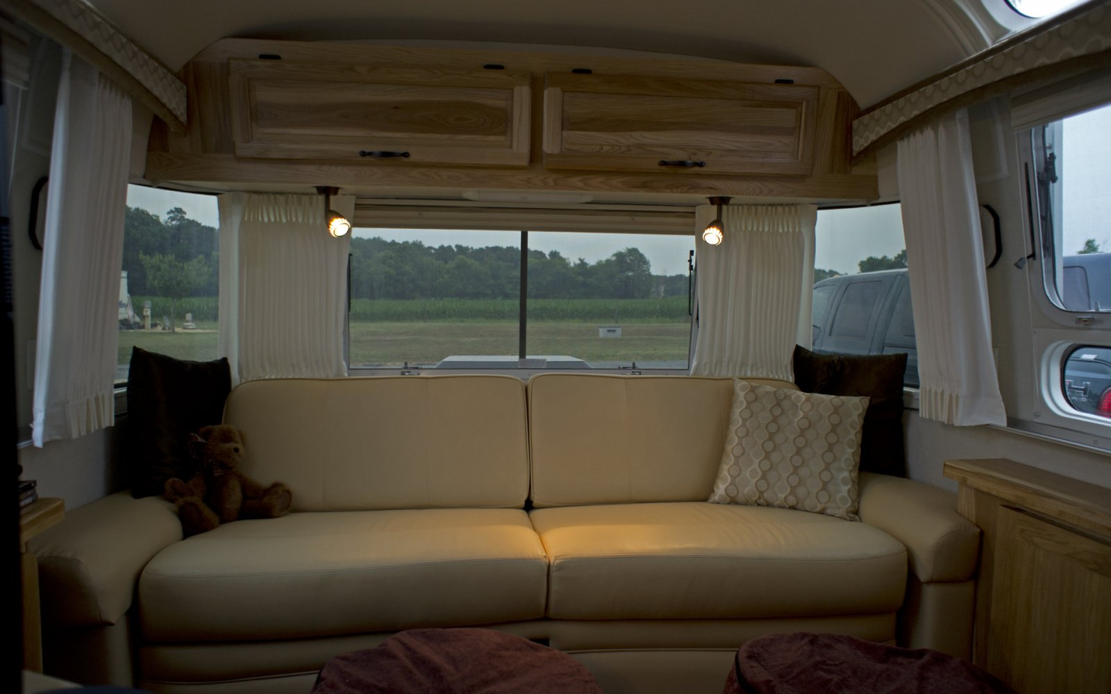 Click image for larger version  Name:11AirstreamClass301stTrip-10.jpg Views:99 Size:155.1 KB ID:132854