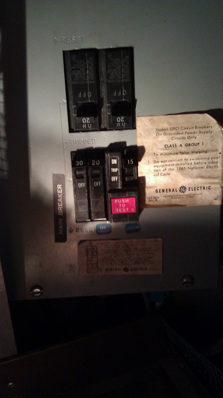 Click image for larger version  Name:breaker box.jpg Views:89 Size:119.6 KB ID:132858