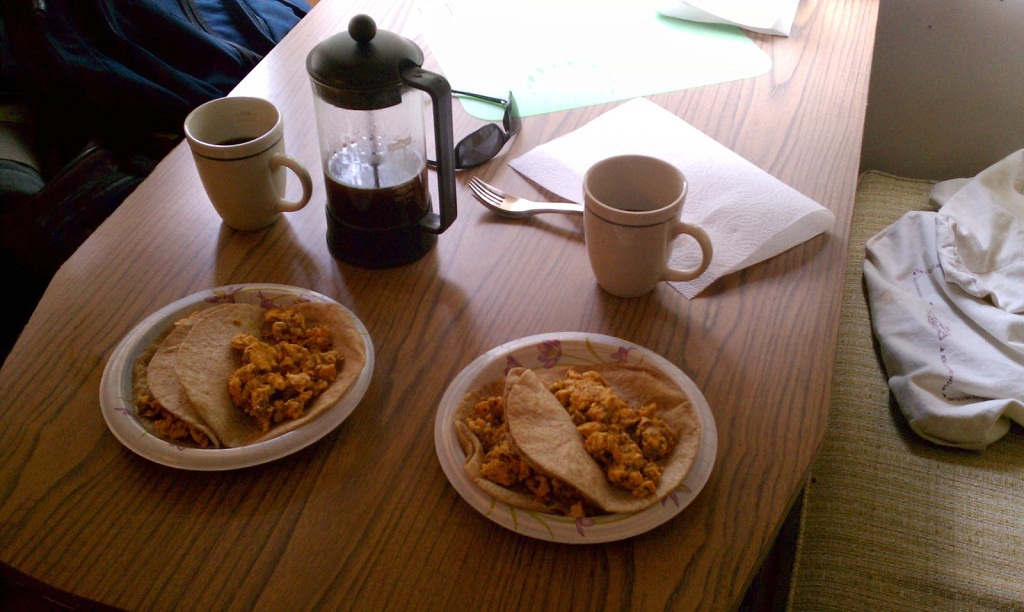 Click image for larger version  Name:chorizo_eggs.jpg Views:50 Size:197.8 KB ID:133369