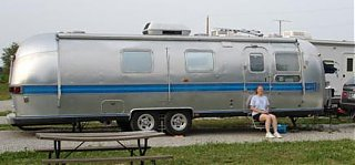 Click image for larger version  Name:78 Airstream Side View_edited.jpg Views:186 Size:18.9 KB ID:13352