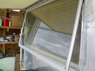 Click image for larger version  Name:window frame.JPG Views:119 Size:166.6 KB ID:134276