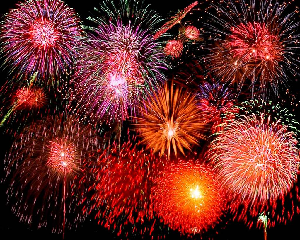 Click image for larger version  Name:celebrate-fire-works-pretty.jpg Views:64 Size:196.7 KB ID:135877