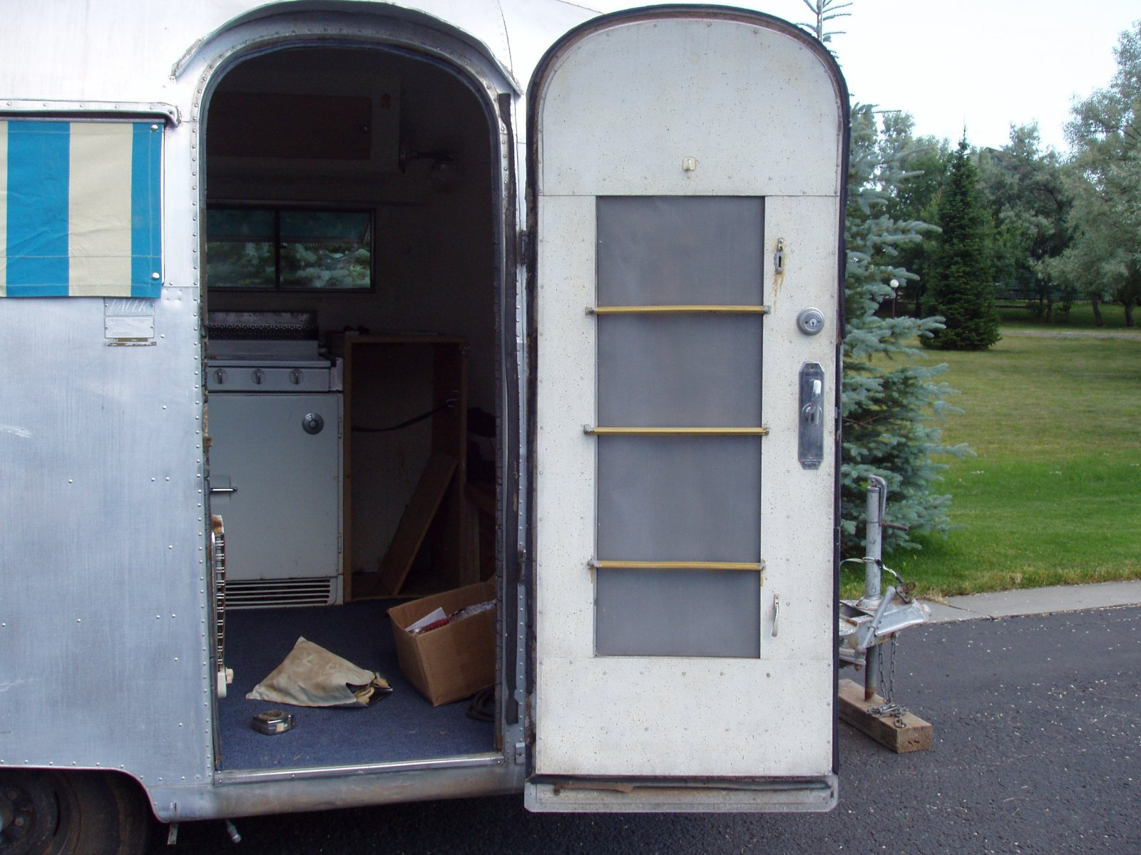 Click image for larger version  Name:1960 Airstream Pacer 051.jpg Views:120 Size:294.6 KB ID:135957