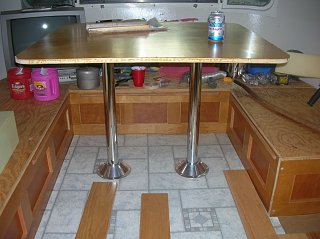 Click image for larger version  Name:Table legs.jpg Views:193 Size:142.7 KB ID:136275