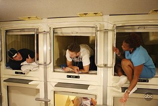 Click image for larger version  Name:japanese-game-show-capsule-hotel.jpg Views:125 Size:40.7 KB ID:136899