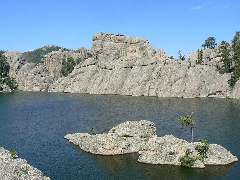 Click image for larger version  Name:Sylvan Lake Custer State Park SD.jpg Views:53 Size:691.0 KB ID:136929