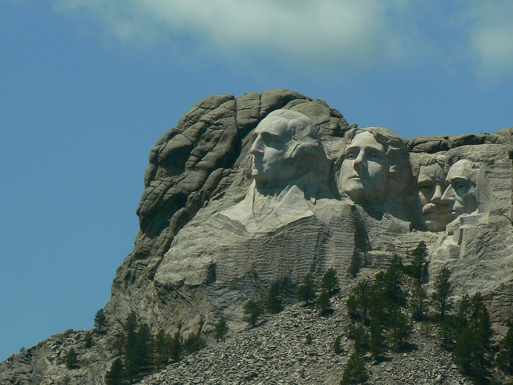 Click image for larger version  Name:Mount Rushmore.jpg Views:46 Size:331.3 KB ID:136931