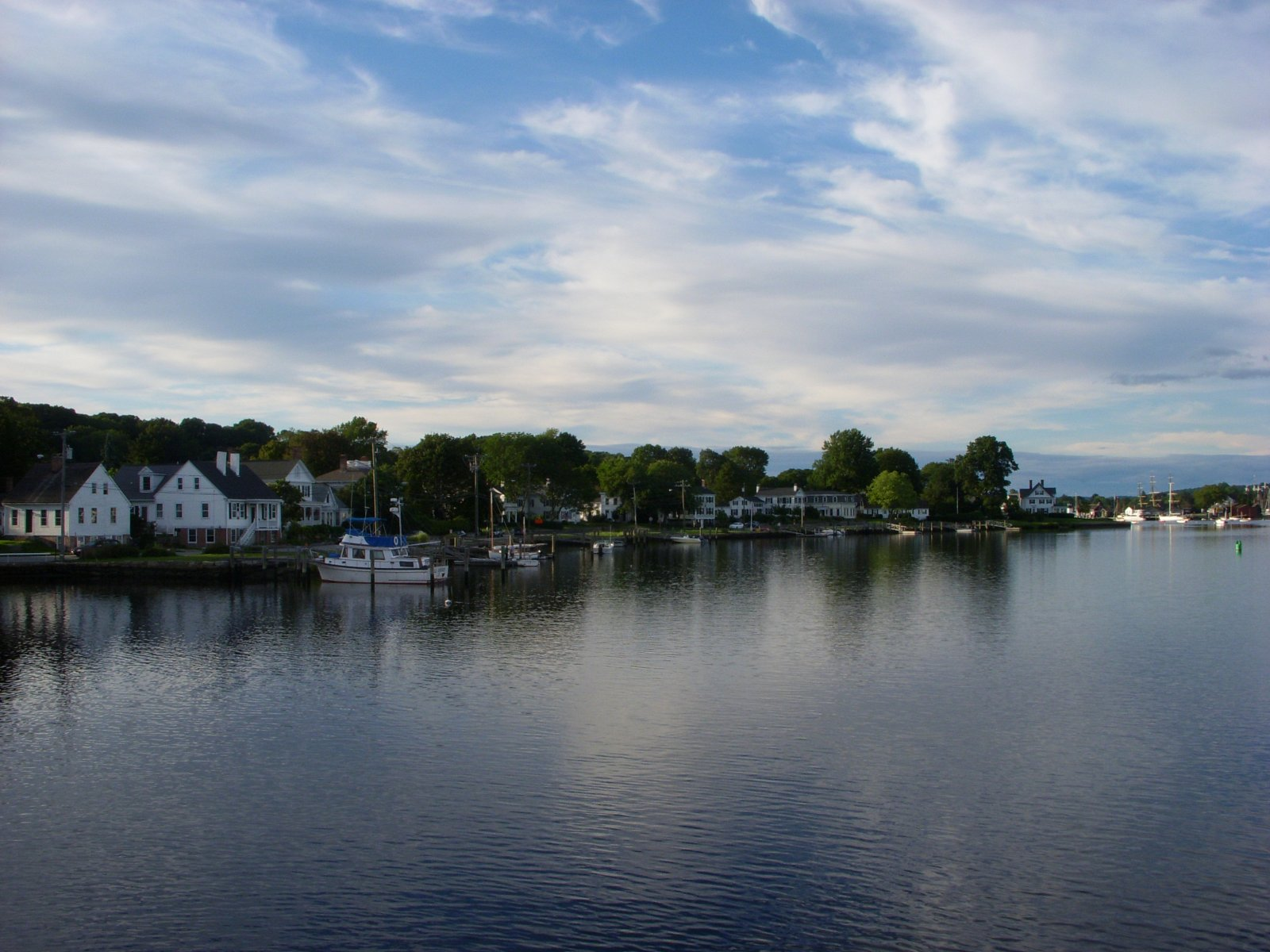 Click image for larger version  Name:Mystic, CT. Aug 2011 036.jpg Views:72 Size:249.8 KB ID:137941