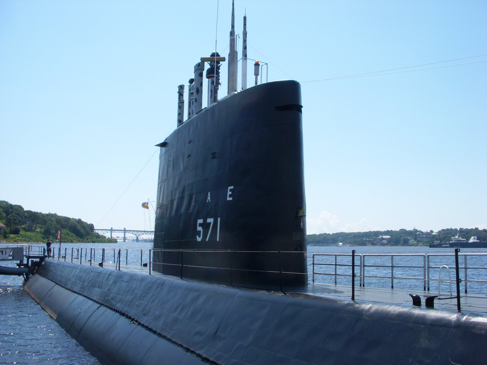 Click image for larger version  Name:Newport,RI. Aug2011 033.jpg Views:69 Size:196.4 KB ID:137971