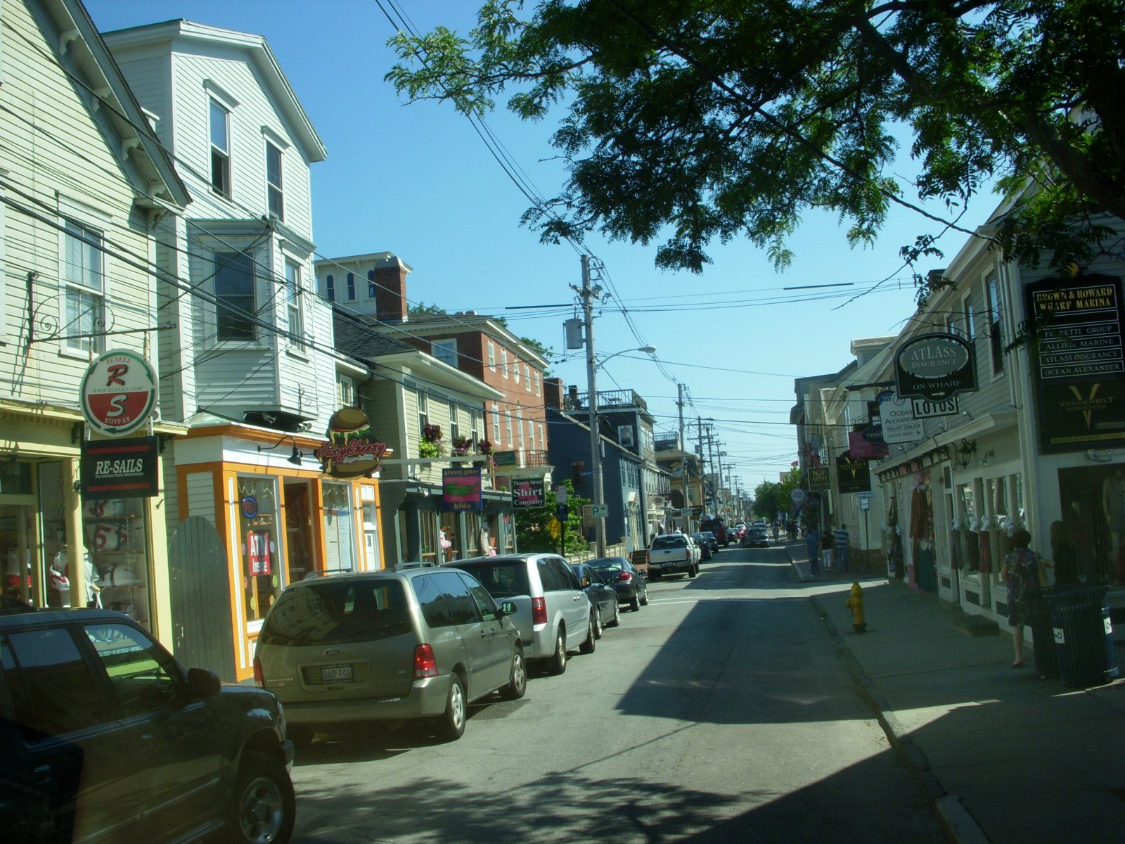 Click image for larger version  Name:Newport,RI. Aug2011 078.jpg Views:76 Size:423.9 KB ID:137981