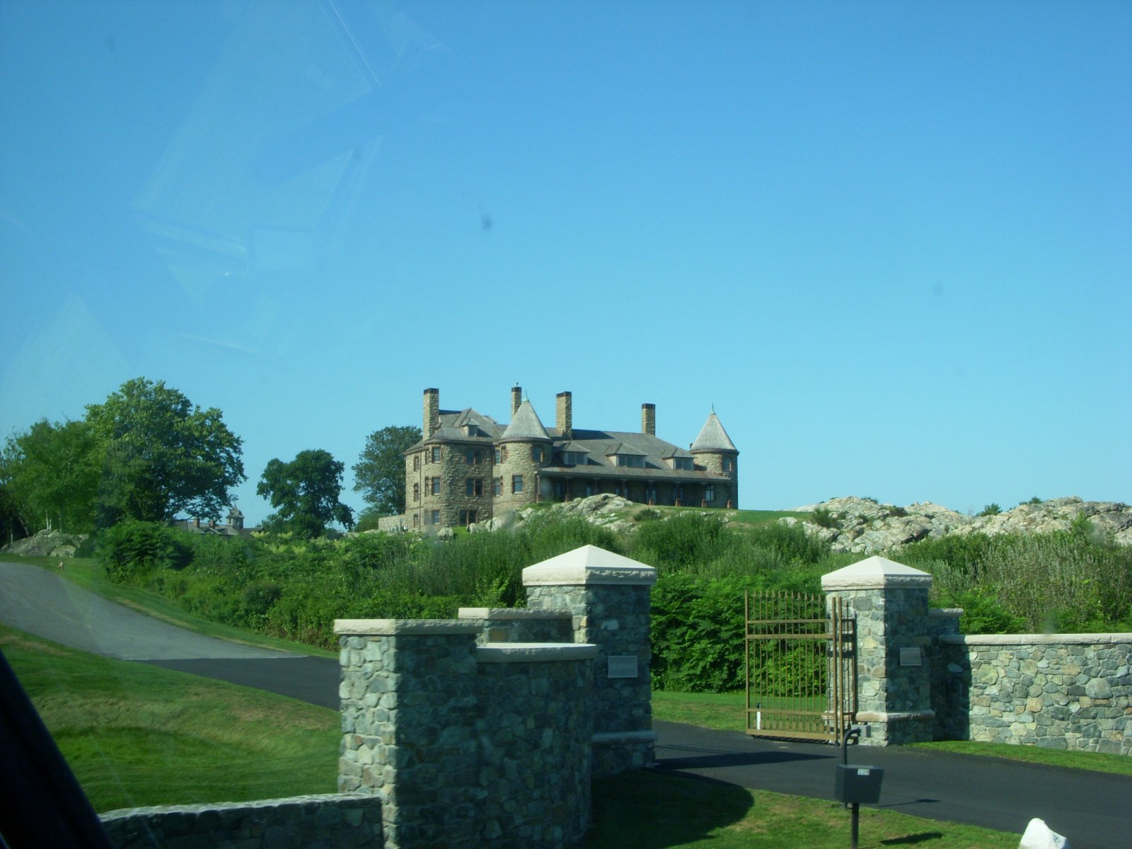 Click image for larger version  Name:Newport,RI. Aug2011 126.jpg Views:76 Size:248.4 KB ID:137986
