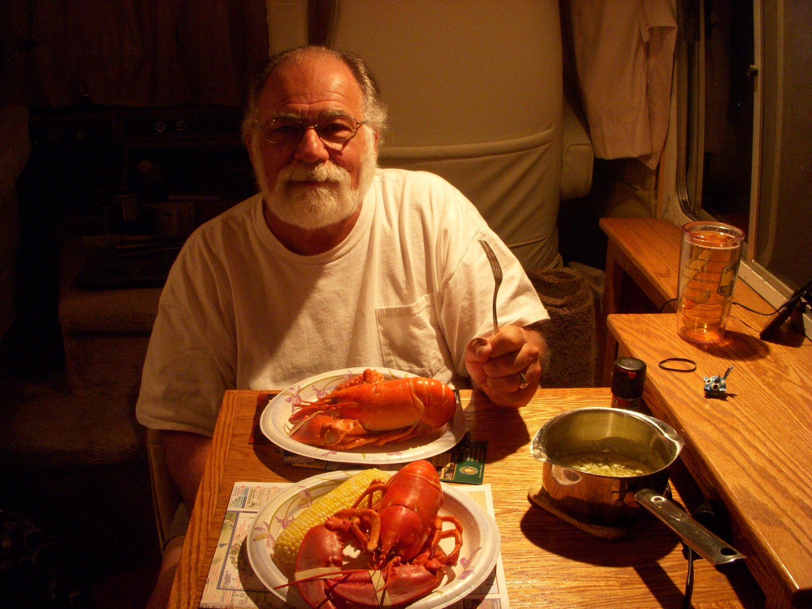 Click image for larger version  Name:Lobster Dinner Newport, RI 015.jpg Views:74 Size:336.0 KB ID:137996