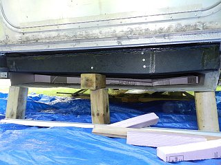 Click image for larger version  Name:0821 blk tank install 01.JPG Views:308 Size:105.5 KB ID:138323