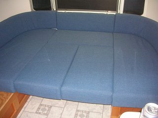 Click image for larger version  Name:Couch 1.jpg Views:139 Size:118.3 KB ID:138547