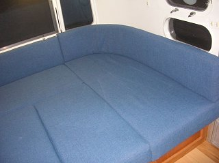 Click image for larger version  Name:couch 3.jpg Views:128 Size:127.4 KB ID:138549