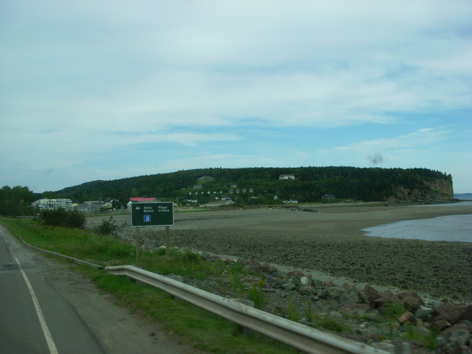 Click image for larger version  Name:Cape Enrage Aug2011 147.jpg Views:78 Size:209.2 KB ID:138710