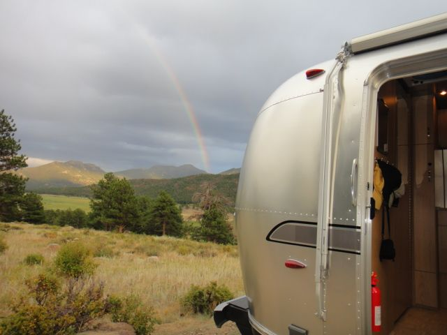 Click image for larger version  Name:Airstreamrainbow.jpg Views:85 Size:41.1 KB ID:139040