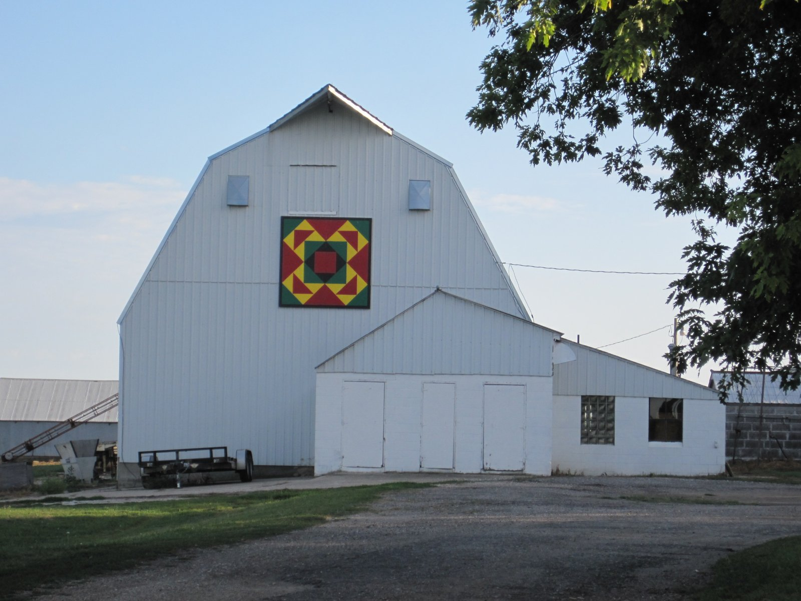 Click image for larger version  Name:Apring Beauty Barn Quilt.jpg Views:44 Size:257.9 KB ID:139059
