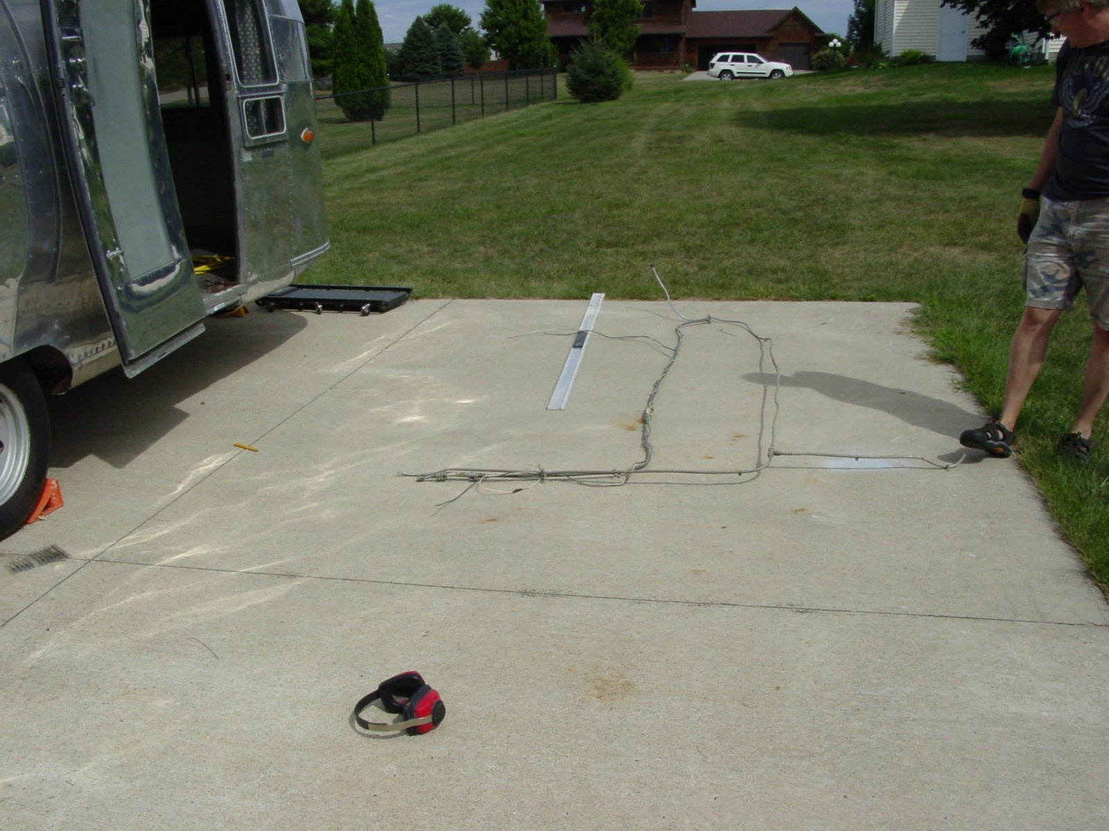 Click image for larger version  Name:Barry's Trailer Belly Pan 2011-08-28 (42).jpg Views:84 Size:283.7 KB ID:139612