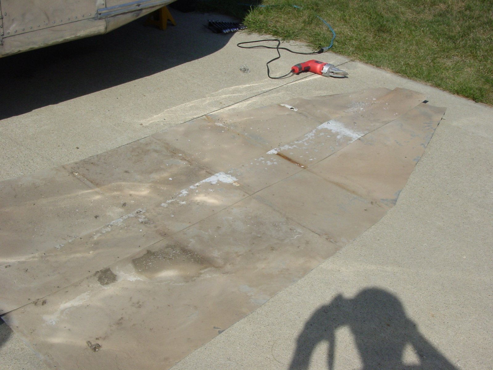 Click image for larger version  Name:Barry's Trailer Belly Pan 2011-08-28 (45).jpg Views:90 Size:270.4 KB ID:139613