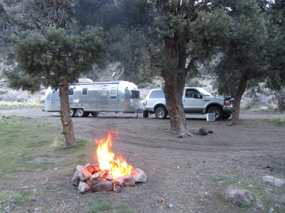 Click image for larger version  Name:13.Desert Ck Camp sm.JPG Views:105 Size:220.7 KB ID:139703