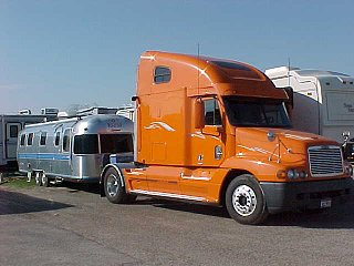 Click image for larger version  Name:truck and airstream.jpg Views:428 Size:31.4 KB ID:139857