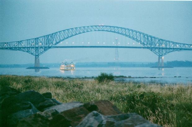 Click image for larger version  Name:Laviolette Bridge.jpg Views:61 Size:36.1 KB ID:14003