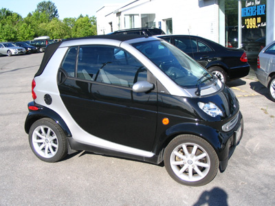 Click image for larger version  Name:smart car 2.jpg Views:57 Size:85.6 KB ID:14010