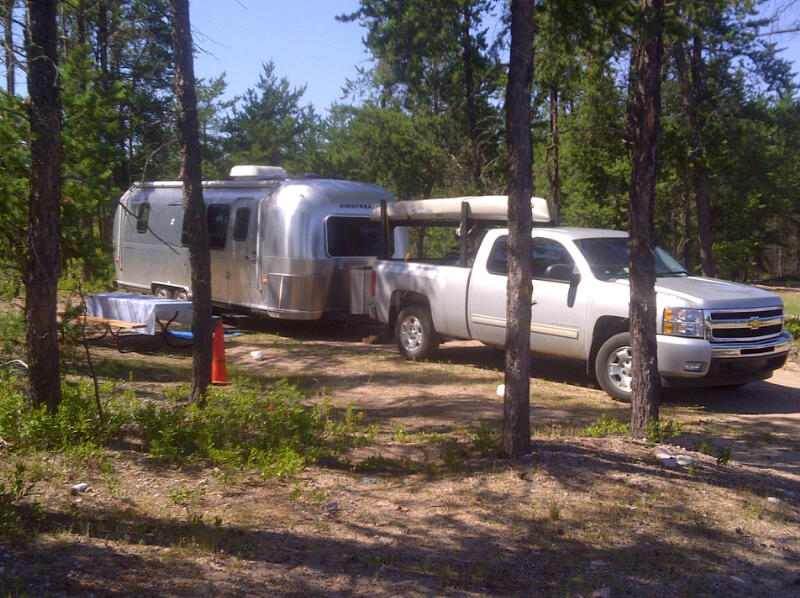 Click image for larger version  Name:Kayak and Airstream.jpg Views:90 Size:127.1 KB ID:140228