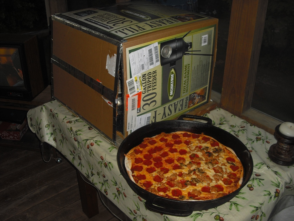 Click image for larger version  Name:Pizza 20 in. cast iron.JPG Views:93 Size:320.3 KB ID:140436