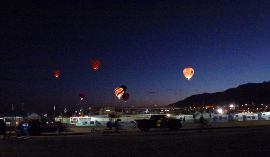 Click image for larger version  Name:P1000073 pre-dawn launch-s.jpg Views:103 Size:81.1 KB ID:141420