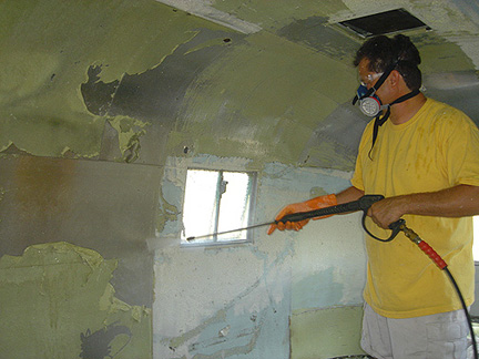 Click image for larger version  Name:waterblasting.jpg Views:124 Size:75.1 KB ID:14147