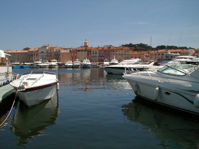 Click image for larger version  Name:st tropez yachts1.jpg Views:548 Size:59.0 KB ID:1420