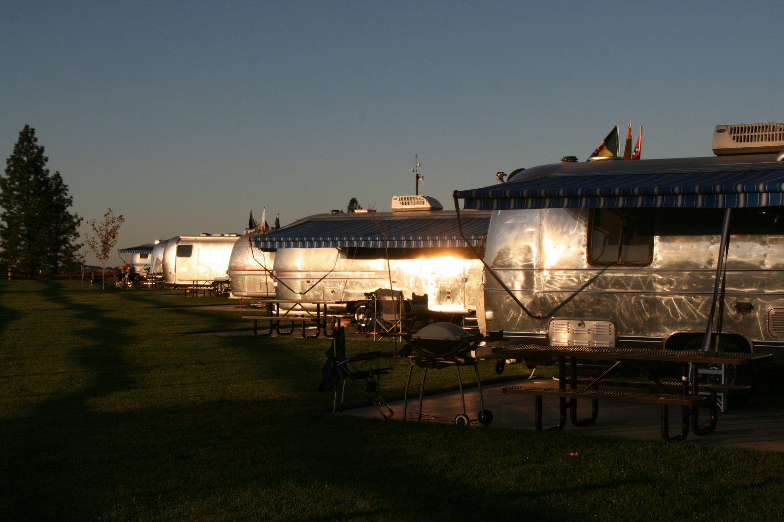 Click image for larger version  Name:Airstream Rally at Jackson Rancheria 005.jpg Views:68 Size:210.5 KB ID:142277