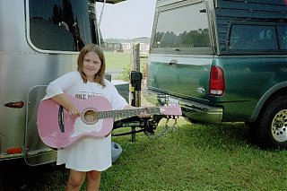 Click image for larger version  Name:Guitar Alli 3 small.jpg Views:99 Size:78.0 KB ID:14362