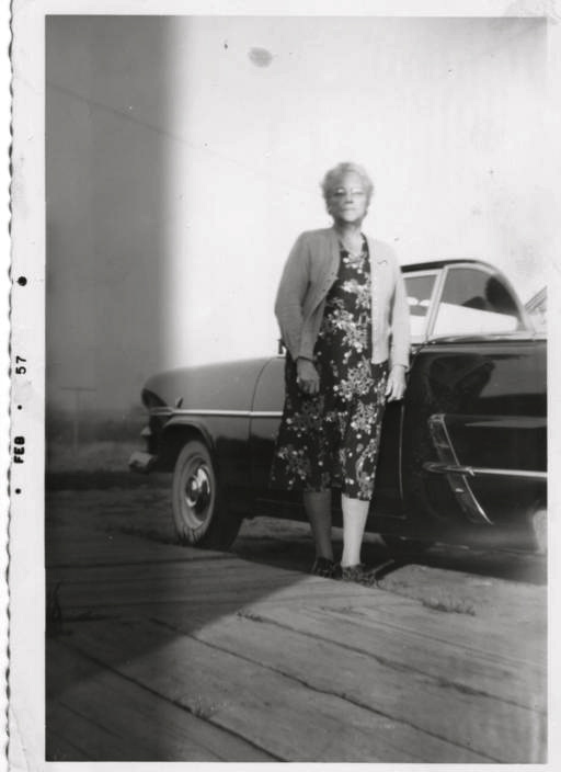 Click image for larger version  Name:GRANDMA AND HER NEW FORD ca FALL 1956.jpg Views:67 Size:66.7 KB ID:143663