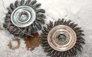 Click image for larger version  Name:wirewheels.jpg Views:66 Size:72.7 KB ID:145626