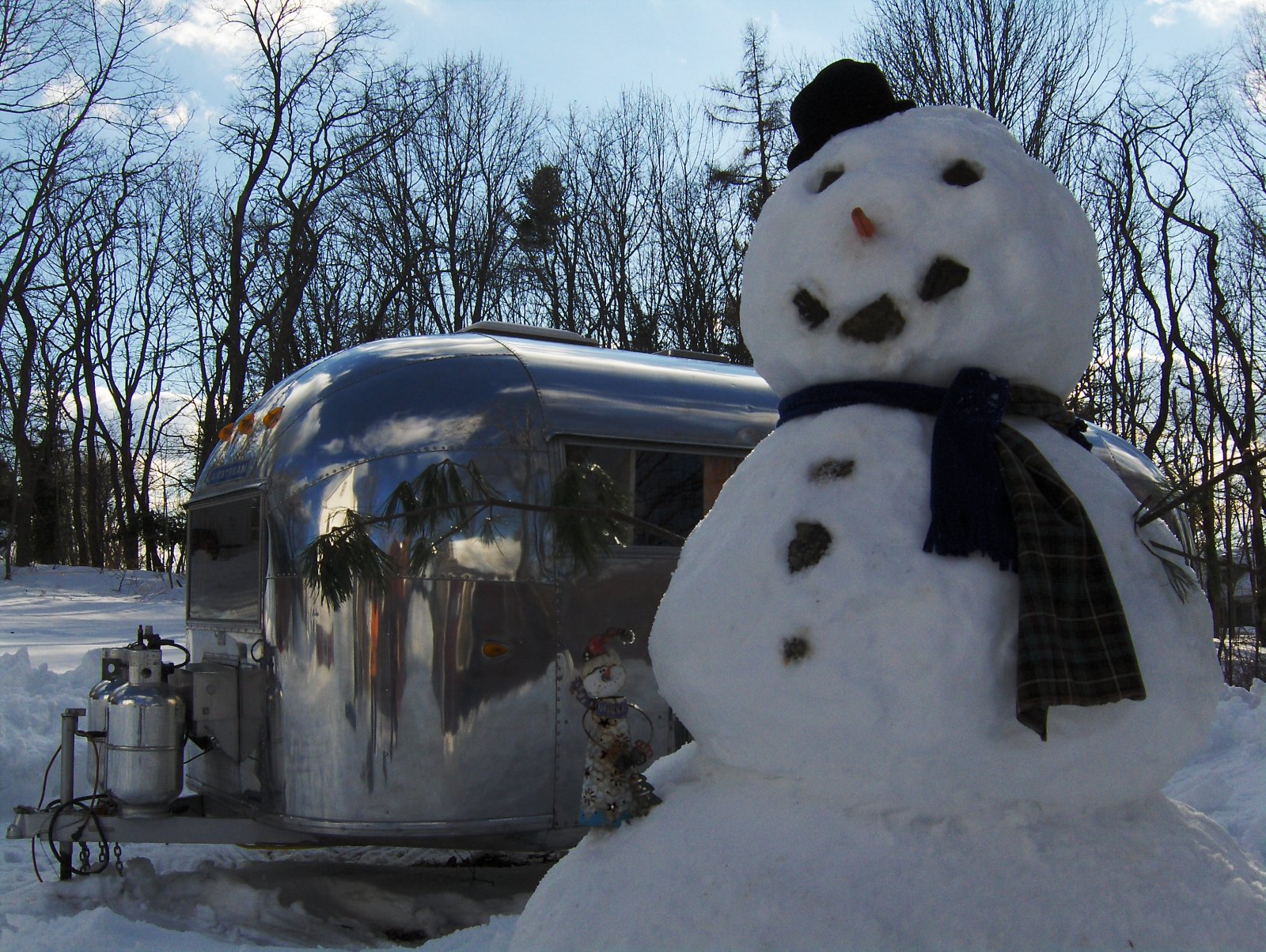 Click image for larger version  Name:snowman 054.jpg Views:145 Size:501.2 KB ID:146646