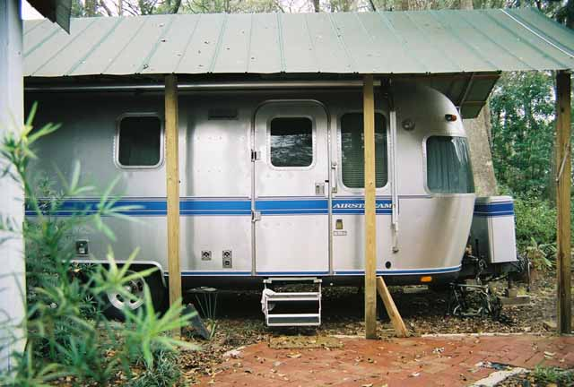 Click image for larger version  Name:AirstreamSide5.jpg Views:97 Size:41.1 KB ID:14675