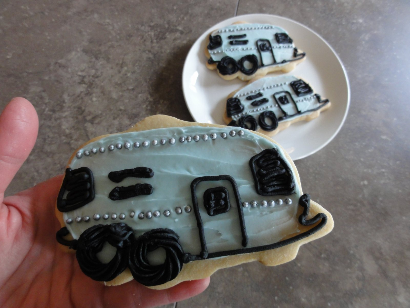 Click image for larger version  Name:Airstream cookie.jpg Views:156 Size:209.6 KB ID:147122